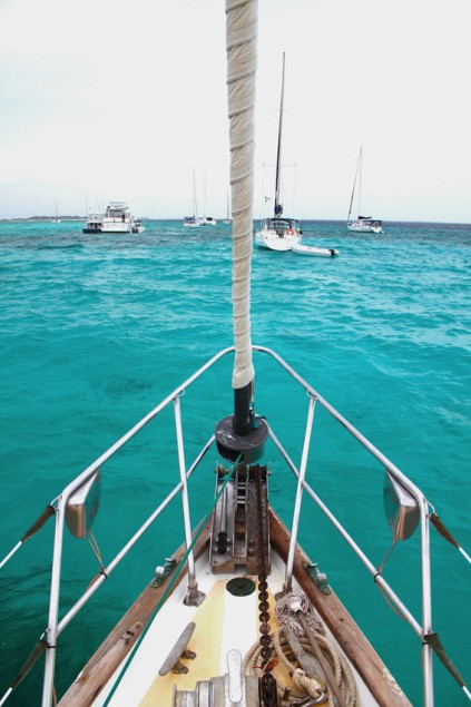 On board of Turpial, the sailboat still anchored in Gran Roque