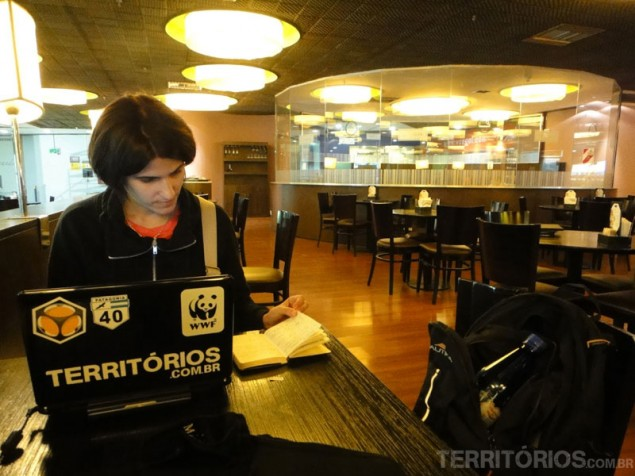 Updating the website in the airport of Buenos Aires