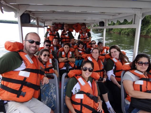 Bloggers at Iguassu River