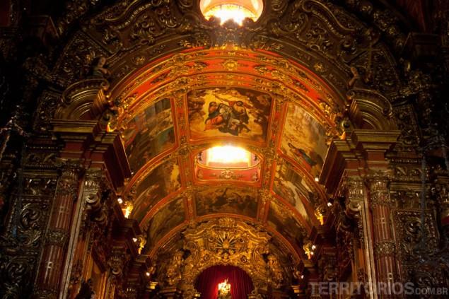 Inside São Bento Monastery