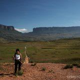Roberta Martins in front of Mount Roraima